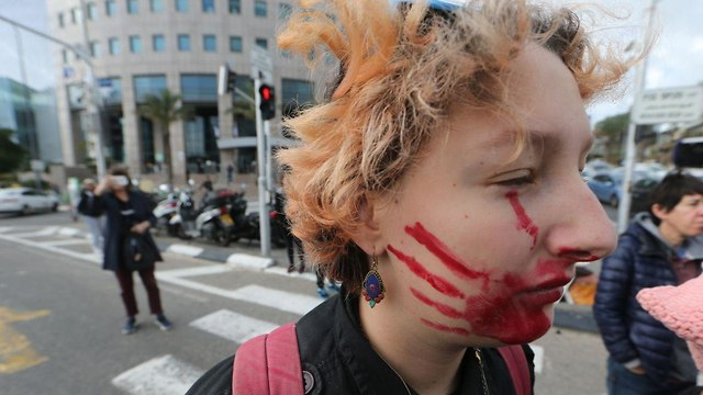 Women protesting in Tel Aviv against domestic violence. December 2018. (Photo: Motti Kimchi)
