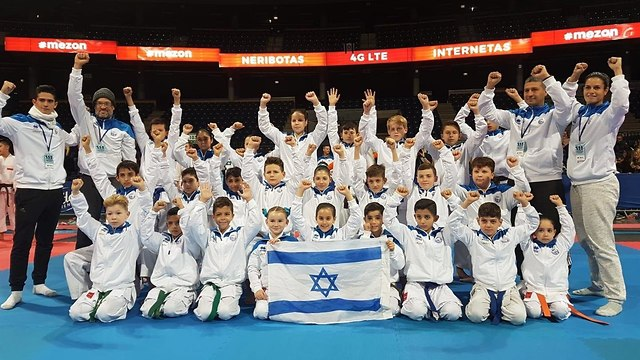 נבחרת ישראל בקארטה (צילום: אלבום פרטי)