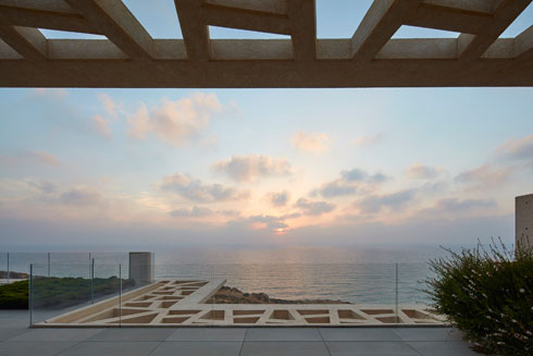 מבט מהמרפסת (צילום: עמית גרון)