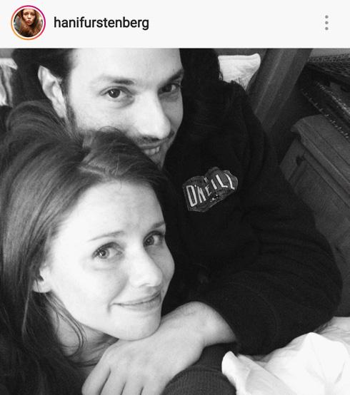 """עם בעלה עידו חזקיה. """"אני לא מצליחה לדמיין את עצמי עם ילד אחד. לעידו לא כל כך אכפת שתהיה לו רק בת אחת"""" (צילום: מתוך האינסטגרם של @henifurstenberg)"""