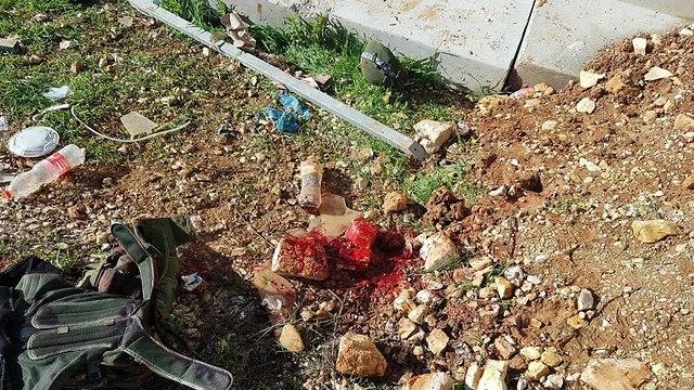 חייל נפצע מזריקת אבנים בעמדה בבית אל (צילום: צעירי עפרה)