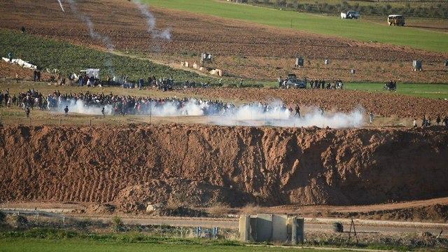 הפרות סדר של פלסטינים ברצועת עזה (צילום: קובי ריכטר/TPS)
