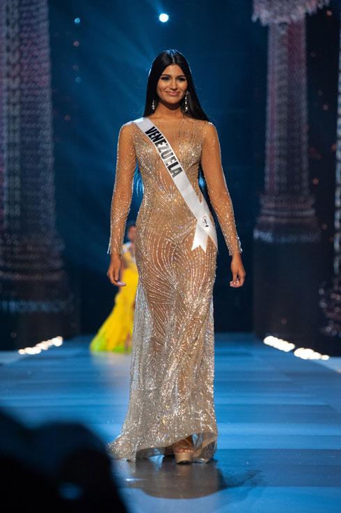 במקום השלישי: מיס ונצואלה סטפני גוויטרז (צילום: Miss Universe / Patrick Prather)