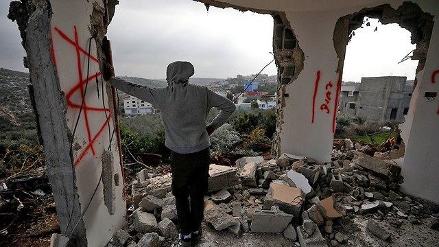 הריסת בית מחבל אשרף נעאלווה פיגוע ברקן  (צילום: רויטרס)