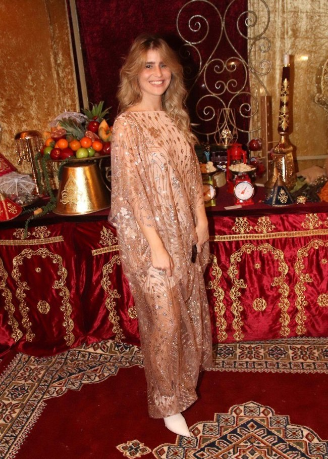 שי מיקה בלבוש מסורתי (צילום: אור גפן)