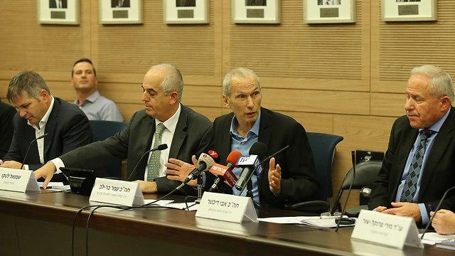 ועדת החוץ והביטחון (צילום: עמית שאבי)