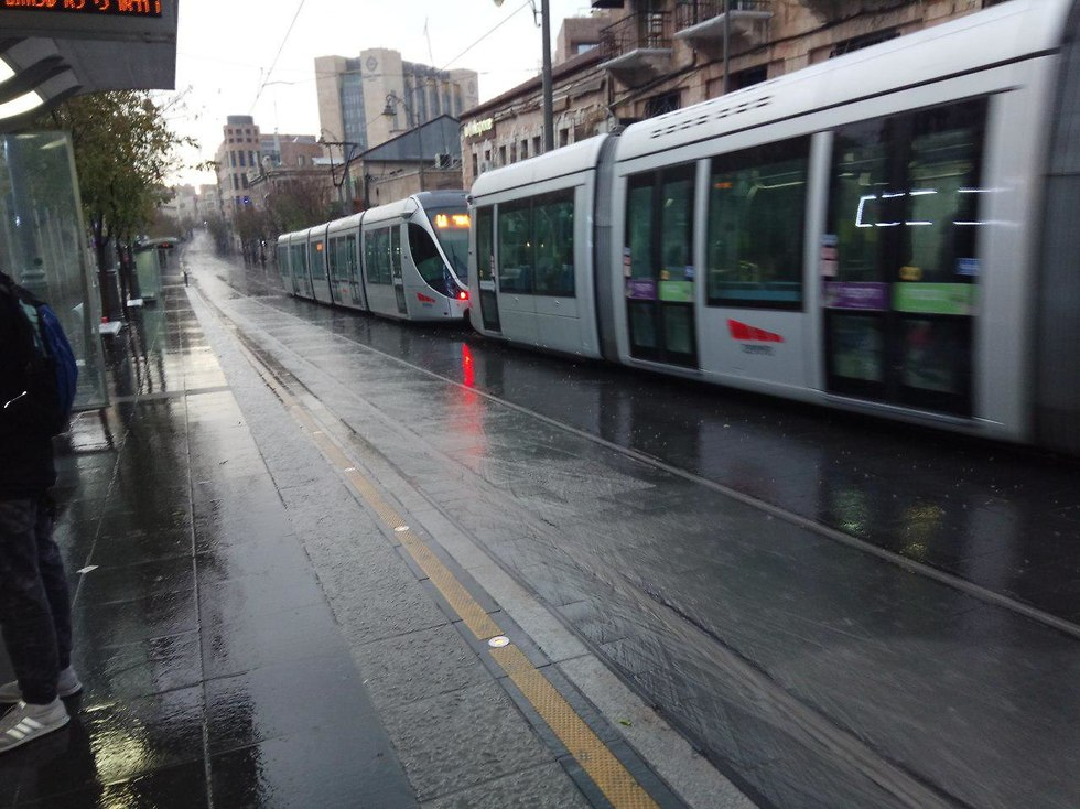 Иерусалимский трамвай. Фото: Яир Штейнберг