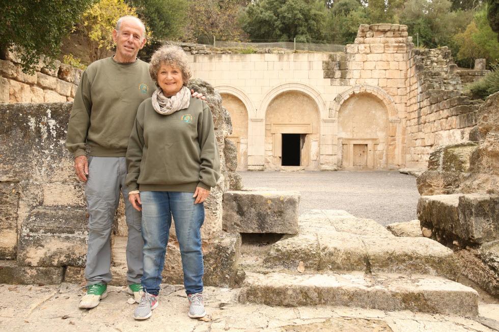 צביה וארנון כפיר (צילום: אלעד גרשגורן)