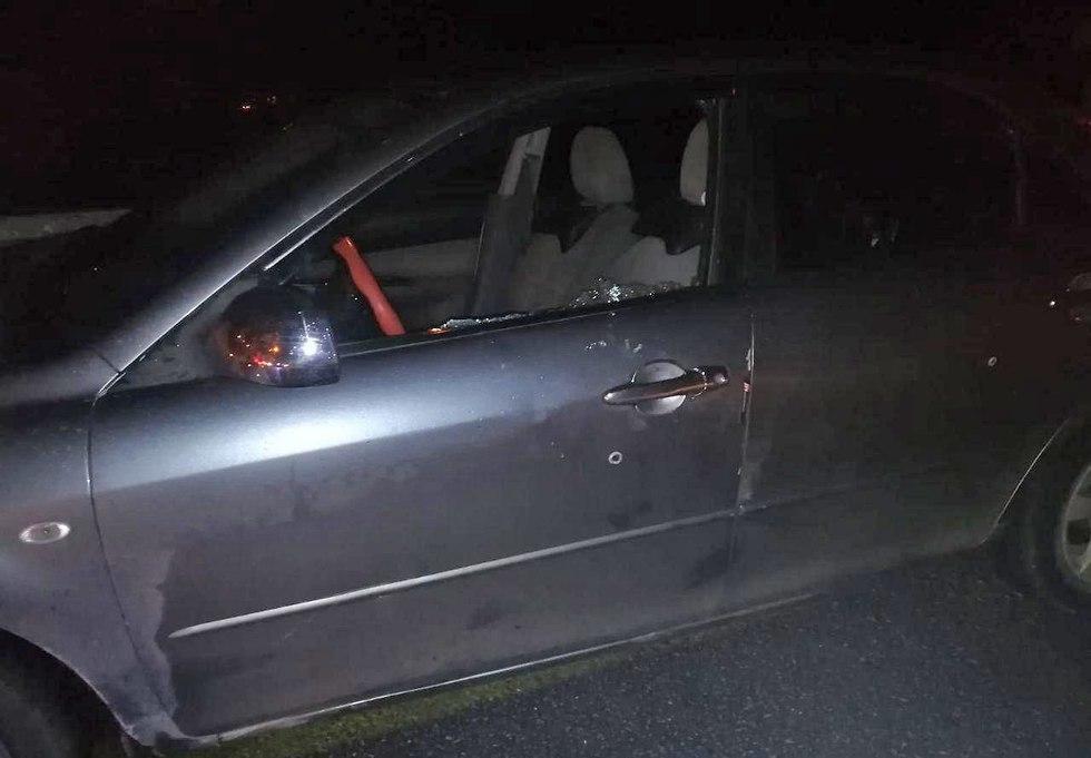 רכב פרץ מחסום בבנימין  ()