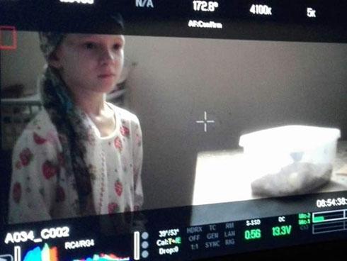 """מתוך הסרט """"גאולה"""": """"אמרו שאני משחקת ממש יפה ושאני חמודה ומדהימה"""". (הצילום באדיבות בתי קולנוע לב וטרנספקס הפקות) (צילום: בועז יהונתן יעקב)"""