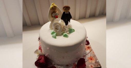 Свадебный торт. Фото: семейный архив