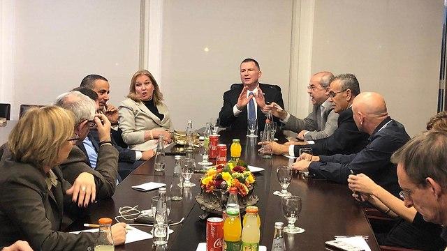 הצהרה של יולי אדלשטיין בעקבות חוק פיזור הכנסת והליכה לבחירות ()