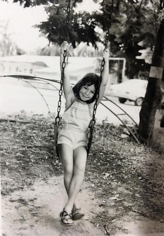 """תמונת ילדות מכנרת. """"תמיד הרגשתי שאורח החיים הקיבוצי לא מתאים לי"""" (צילום: אלבום פרטי)"""