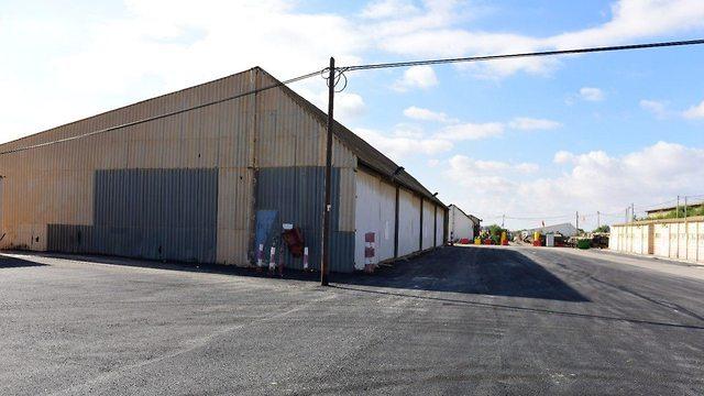 יחידות מחסני עוצבת ״האש״ לפני השיפוץ (צילום: דובר צה