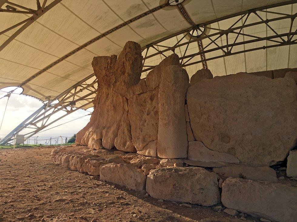 מקדש חג'אר אים (צילום: גלעד כרמלי)