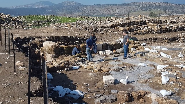 Excavations at the Hukuk archeological site (Photo: IAA's Theft Prevention Unit)