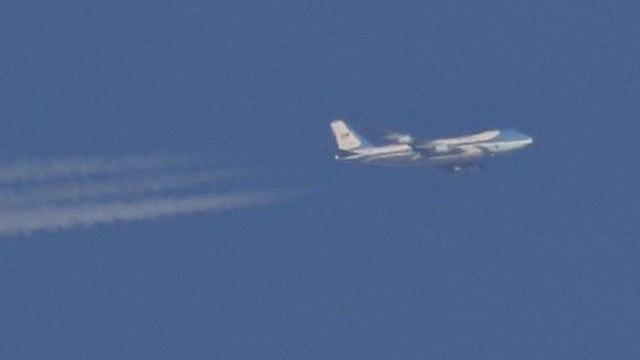 Air Force One над Шеффилдом. Фото: Алан Мелой (Alan Meloy)
