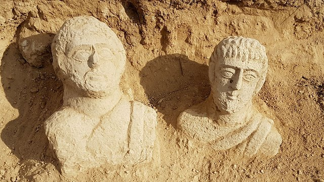 The two funerary statues revealed by Beit She'an (Photo: Itay Klein, IAA)