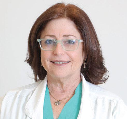 """ד""""ר אורית דולברג. """"נפוץ מאוד שאנשים שסובלים מכאב כרוני מפתחים דיכאון"""" (צילום: דנה קופל)"""