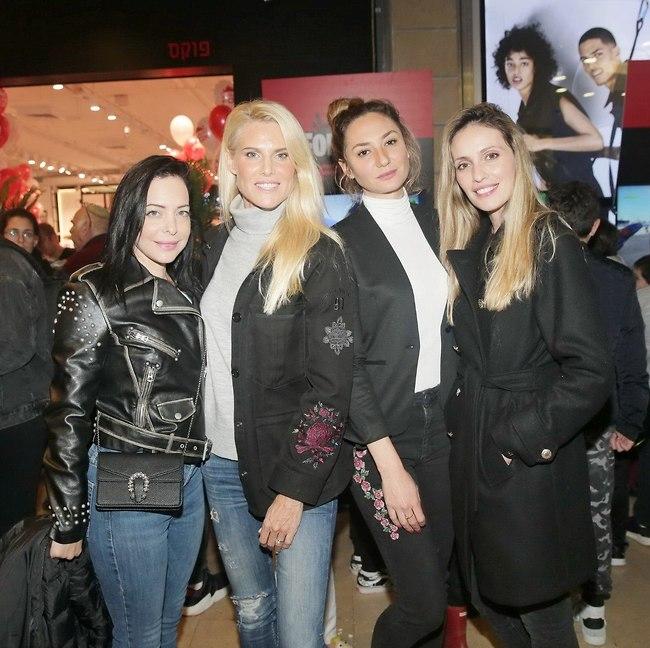 אמהות לוהטות. מלי לוי, מיכל אנסקי, שלי גפני ומיכל אמדורסקי (צילום: שוקה כהן)