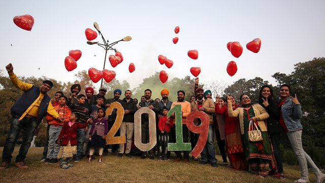 India welcomes 2019 (Photo: EPA)