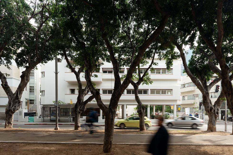 נקודת חן מתחדשת על השדרה המפורסמת במדינה. השאלה היא אם זה יהיה בניין מגורים שמתגוררים בו (צילום: גדעון לוין)