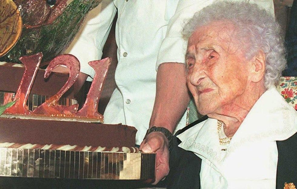 חוקרים טוענים ש ז'אן לואיז קלמן שמתה בגיל 122 זייפה את גילה (צילום: AFP)