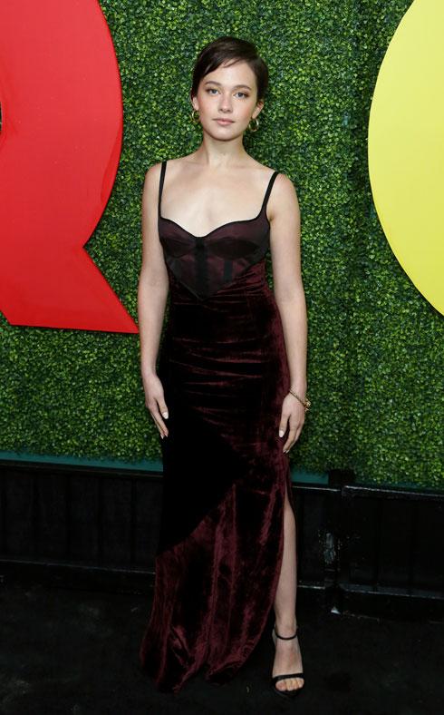 קיילי ספייני בשמלה של אוליבייה טייסקנס (צילום: AP)