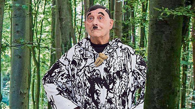 Holocaust survivor Dov Or-Ner dresses up like Hitler