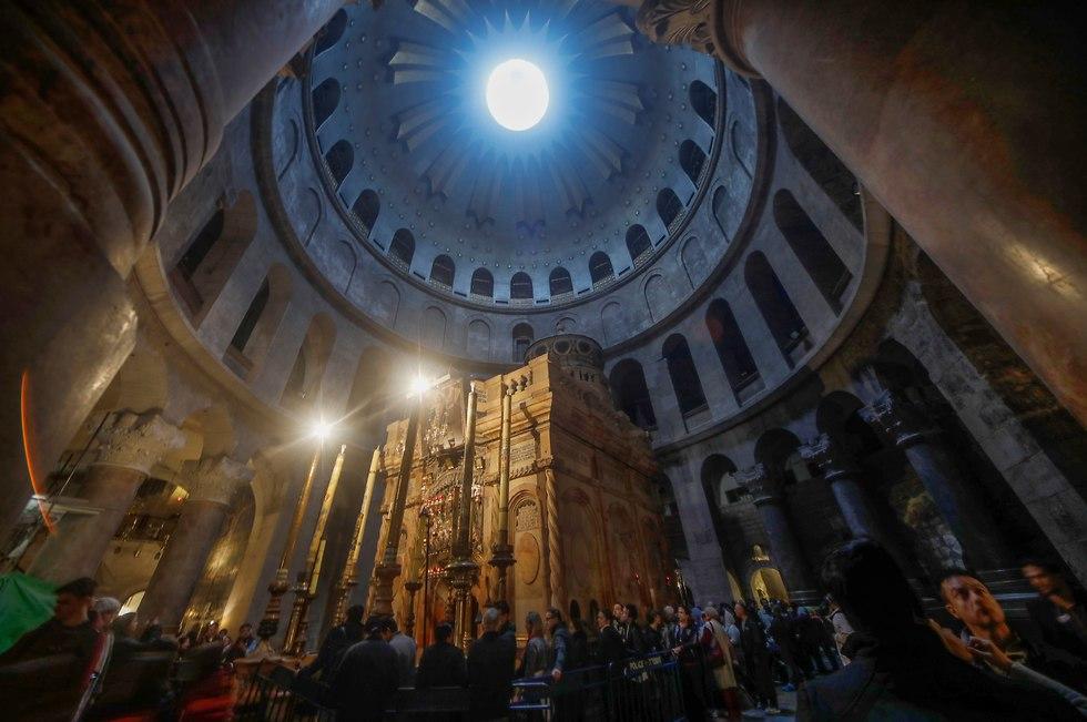 Church Holy Sepulcher, tomb of Jesus