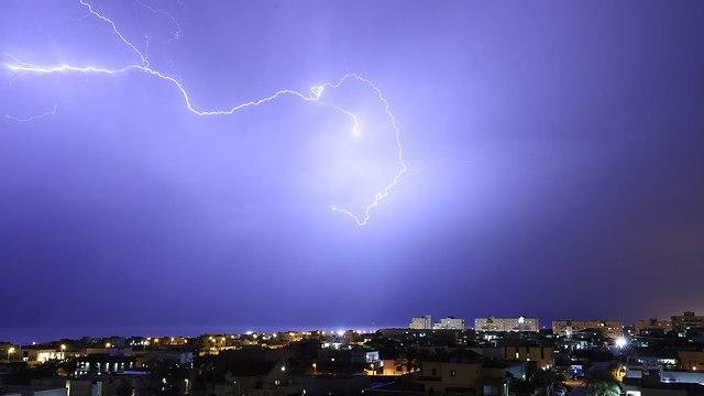 Небо над Ашкелоном. Фото: Максим Ханин (Photo: Maksim Hanin)