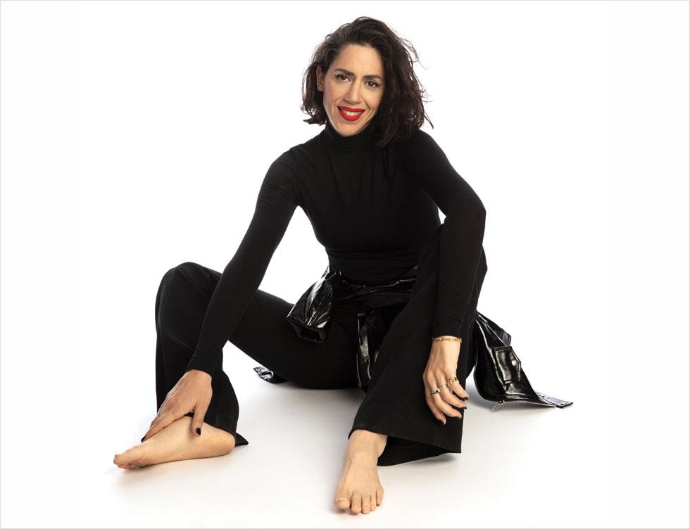איגי וקסמן (46) זמרת, תקליטנית, קריינית, אמא של לילי (שש) ואורי (ארבע)  (הפקה וסטיילינג: תמי ארד־ברקאי, צילום: שי יחזקאל)