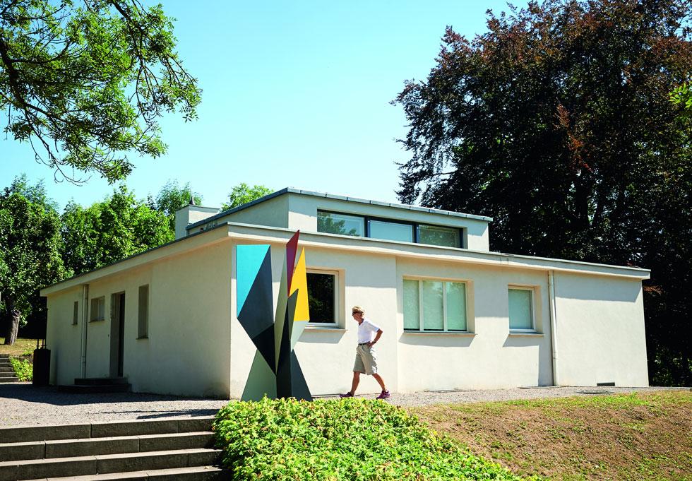 בוויימאר: מסיימים לשפץ את הבית הראשון שיצא מבית היוצר של באוהאוס, ''הבית על ההורן'' (1923) (צילום: Samuel Zuder)