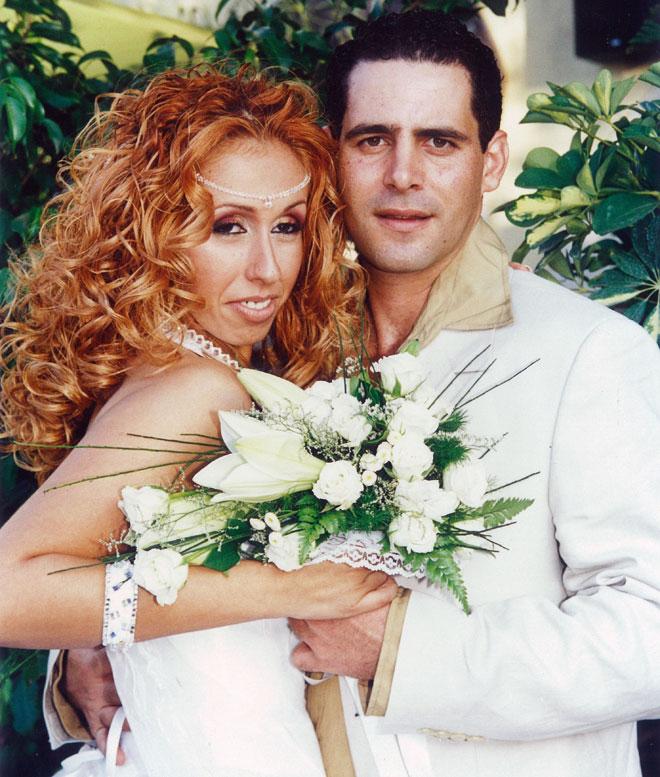 """בחתונה עם שרון. """"ההתמודדות גבתה מחיר כלכלי כבד"""" (צילום: אלבום פרטי)"""