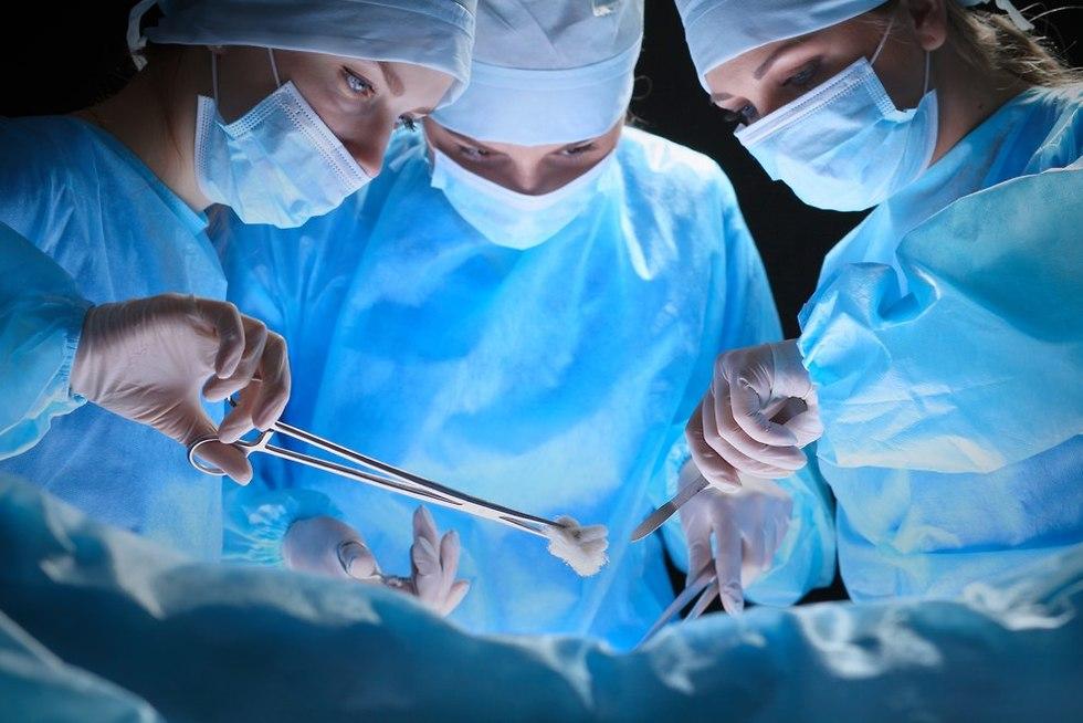 ניתוח (צילום: shutterstock)