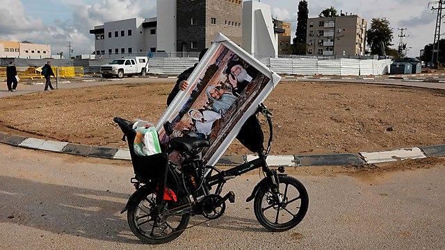 הילולת הבבא סאלי בנתיבות (צילום: AFP)