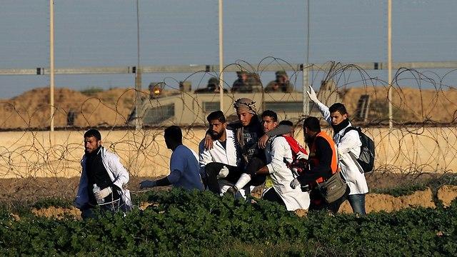Παλαιστίνιοι διαδηλωτές (Φωτογραφία: Reuters)