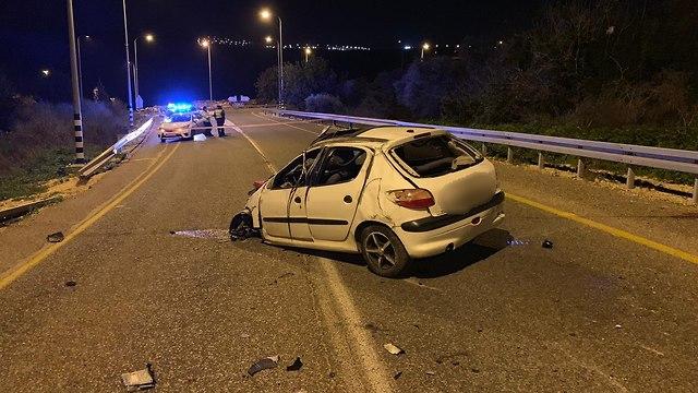 רכב תאונה צפון כרמיאל הרוג שני פצועים (צילום: דוברות משטרה)