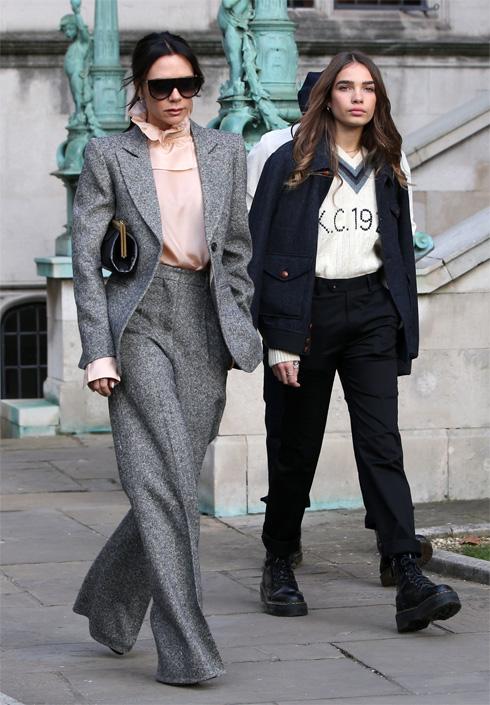 זוגיות עם ברוקלין בקהאם, אופנה עם אמא ויקטוריה: הכירו את האנה קרוס. לחצו על התמונה לכתבה המלאה (צילום: rex/asap creative)