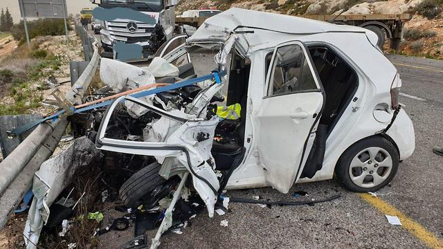 תאונת דרכים בכביש 465 (צילום: מעטרת,דוברות כב