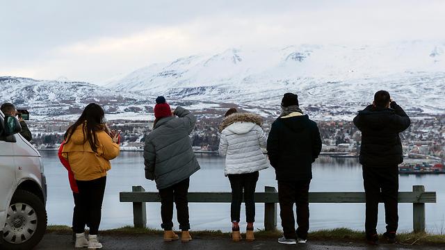 איסלנד תאונות דרכים הזוהר הצפוני  (צילום: AP)