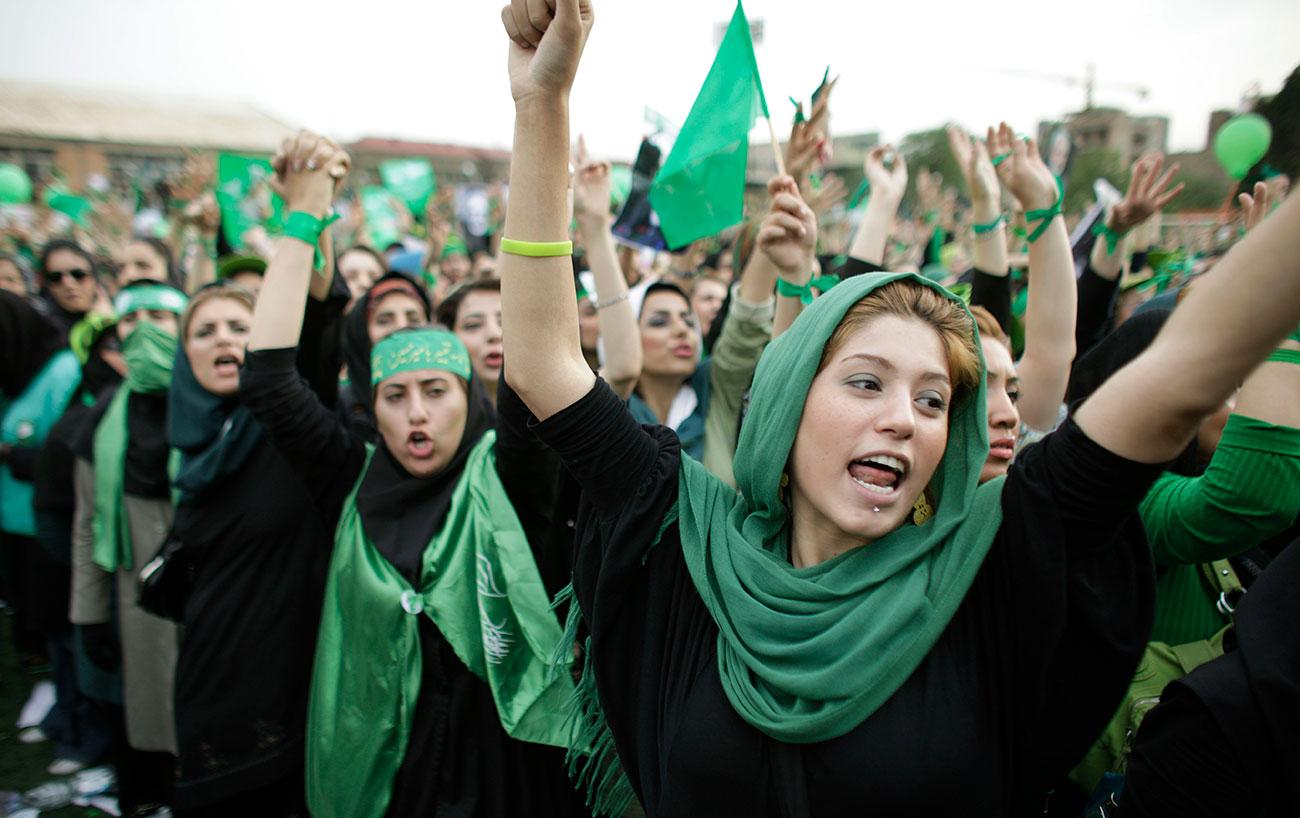 פרויקט 40 שנה למהפכה ב איראן מהומות 2009 (צילום: AP)