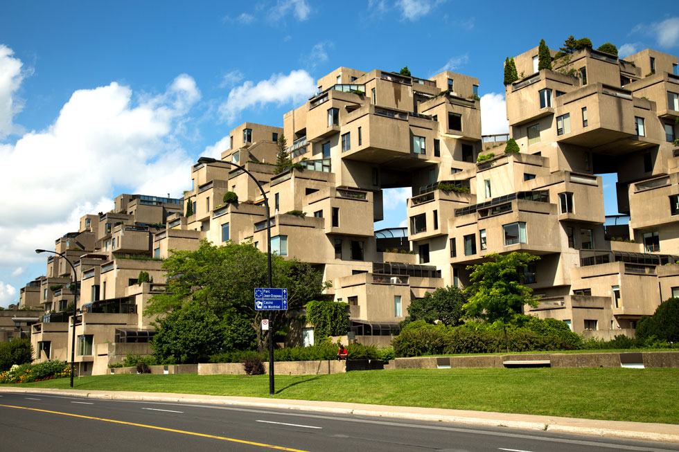 פרויקט הבכורה שהפך את ספדיה לאדריכל נודע, 6 שנים אחרי שסיים את לימודיו: ''הביטאט'' במונטריאול, 1967 (צילום: Pinkcandy/Shutterstock)