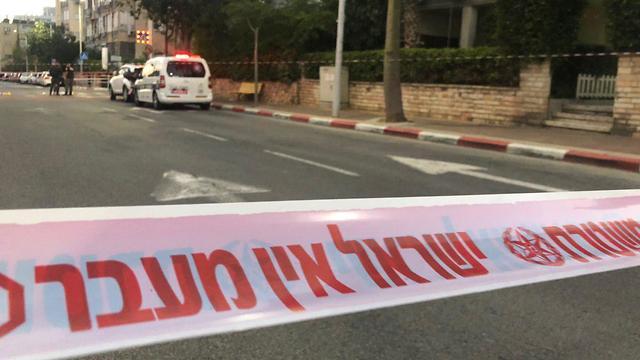 זירת ארוע הירי בבת ים בה נהרג תושב בת ים ()