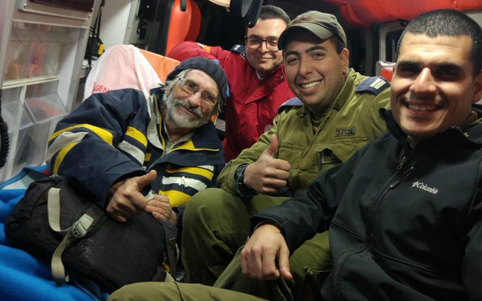 Спасенный мооряк. Фото: пресс-служба ЦАХАЛа