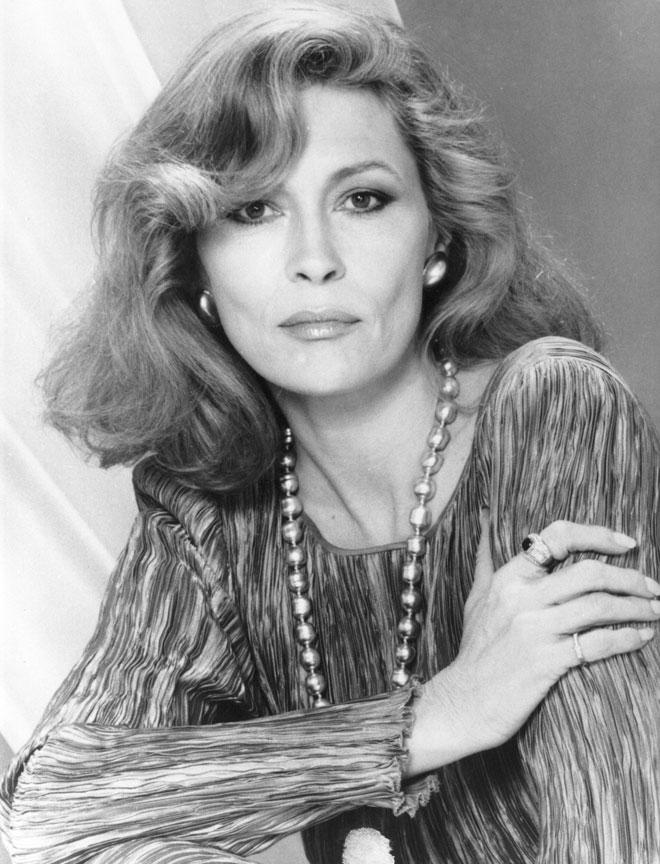 יפהפייה גם בגיל 45 (צילום: Hulton Archive/GettyimagesIL)