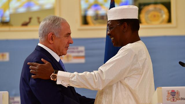 הצהרת ראש הממשלה בנימין נתניהו יחד עם נשיא צ'אד אידריס דבי, במסגרת ביקורו במדינה (צילום: קובי גדעון, לע