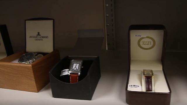 שעונים (צילום: עמית שאבי)