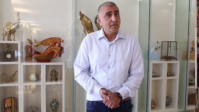 קובי מחלב, מנהל מדור מחסנים בכנסת (צילום: עמית שאבי)