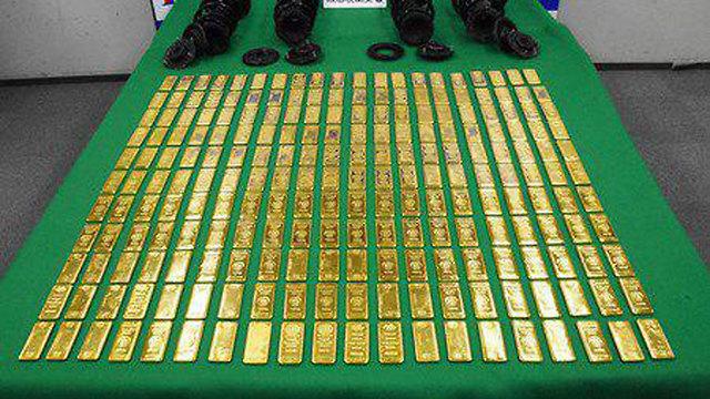 משלוח הזהב המוחרם בשווי מיליונים שנתפס בניסיון הברחה של ישראלים ביפן (צילום: משטרת שיבו-יפן)